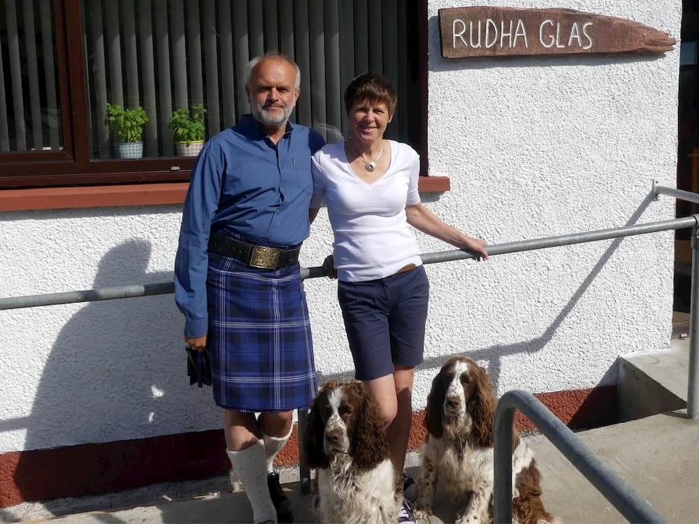 Rudi Helen & Dogs